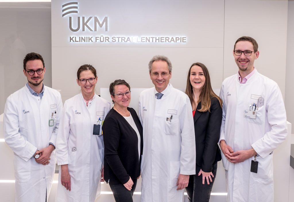 Gruppenfoto Stiftung meets UKM Strahlentherapie