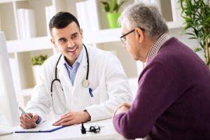 CLL-Register Arzt nimmt Patientendaten in Register auf