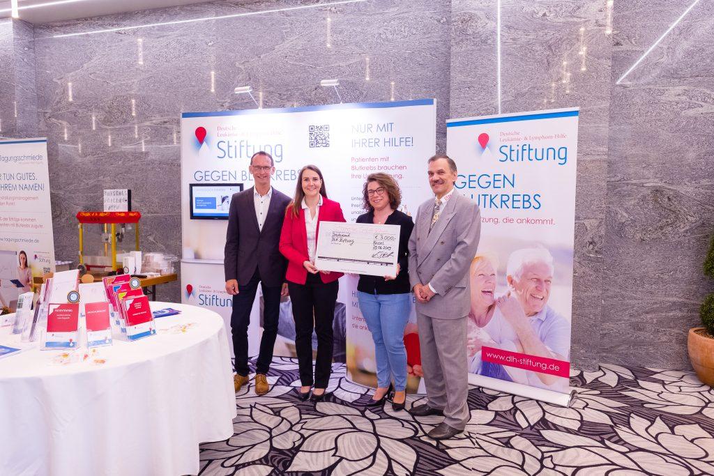 Schonenergie Spendenübergabe 2019 auf dem DLH-Kongress in Kassel 2019